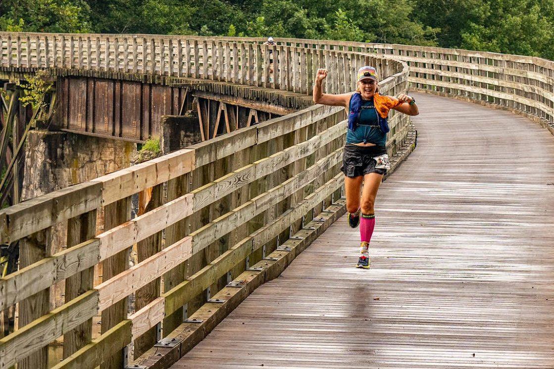 Anne running the 2020 Yeti 50K.